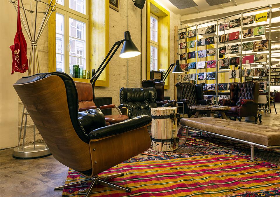 superbude st pauli. Black Bedroom Furniture Sets. Home Design Ideas